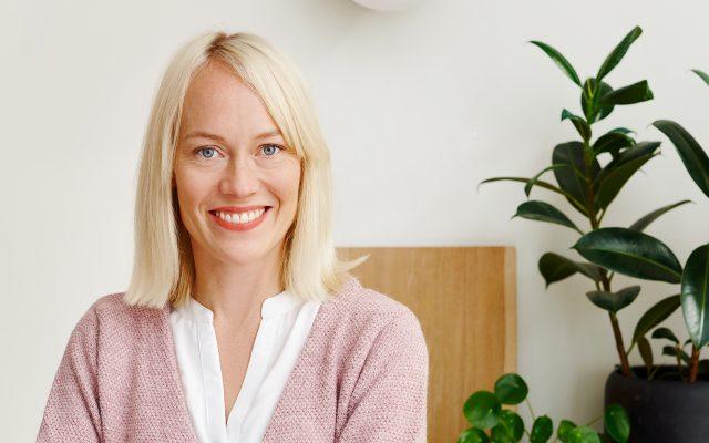 Image of Outi Tuomivaara Aromin päätoimittajaksi